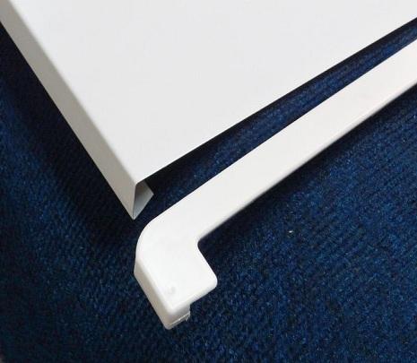 Пластиковые накладки на подоконник