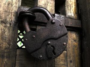 Дверной замок: разновидности и советы по выбору